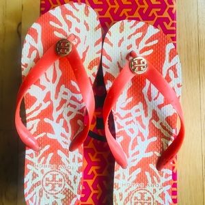 Tory Burch Shoes - Tory Burch flip flop sandals. Size 7